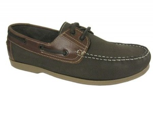 M008 - Mens Real Leather Plain Front Deck Shoe